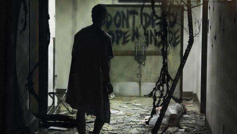 The-Walking-Dead-Wallpaper-the-walking-dead-17116137-1440-900-3813.jpg