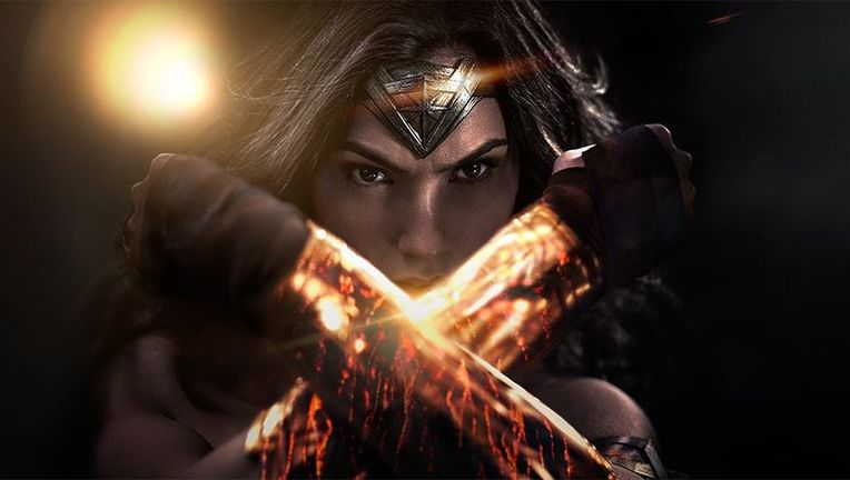 Wonder-Woman-Bracelets_0.jpg