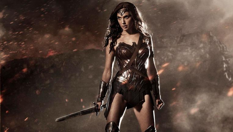 Wonder-Woman-Gal-Gadot_0.jpeg