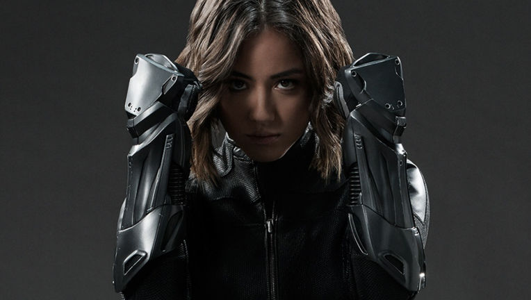 agents-shield-chloe-bennet.jpg