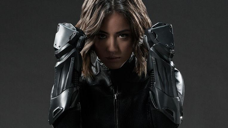 agents-shield-chloe-bennet.jpg