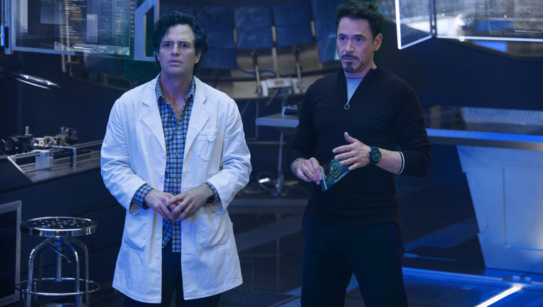 avengers-age-of-ultron-robert-downey-jr-mark-ruffalo1_0.jpg