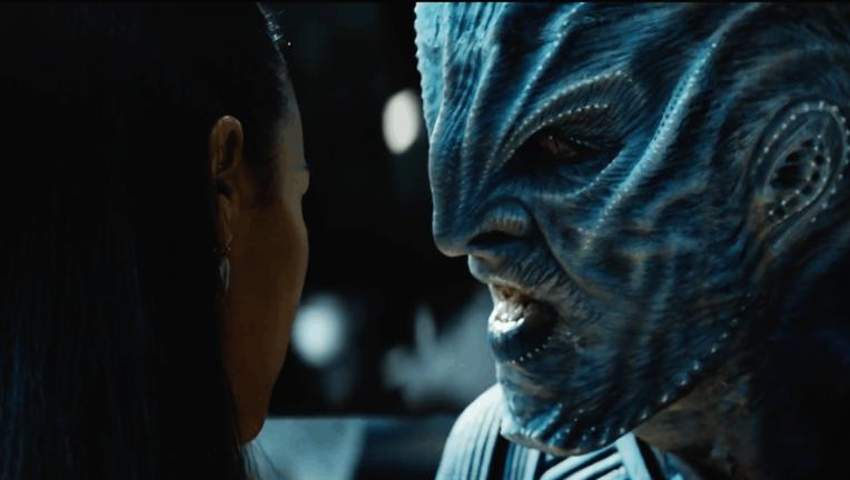 idris-elba-plays-the-villain-krall-in-star-trek-beyond.png
