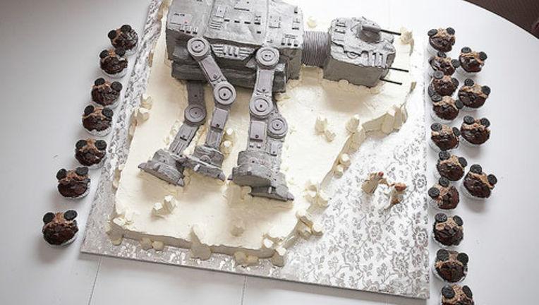 Cake8StarWars.jpg