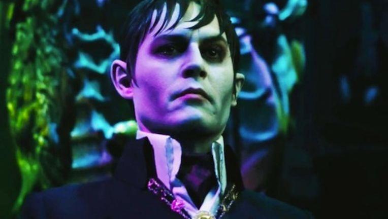 Johnny-Depp-Dark-Shadows_0.jpg