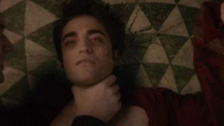 New_Moon_Volturifight_Pattinson_edward_0.jpg