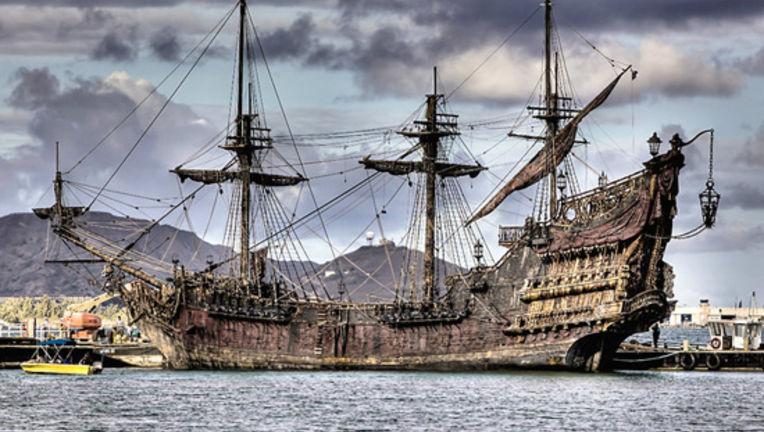 Pirates4Filming.jpg