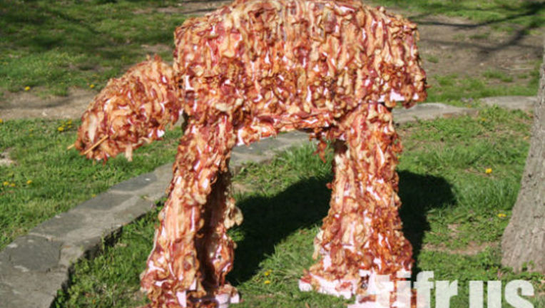 Star_Wars_Bacon_AT-AT_2.jpg