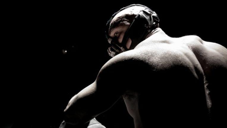 Tom_Hardy_Bane_Dark_Knight_Large-thumb-550x343-62936.jpg