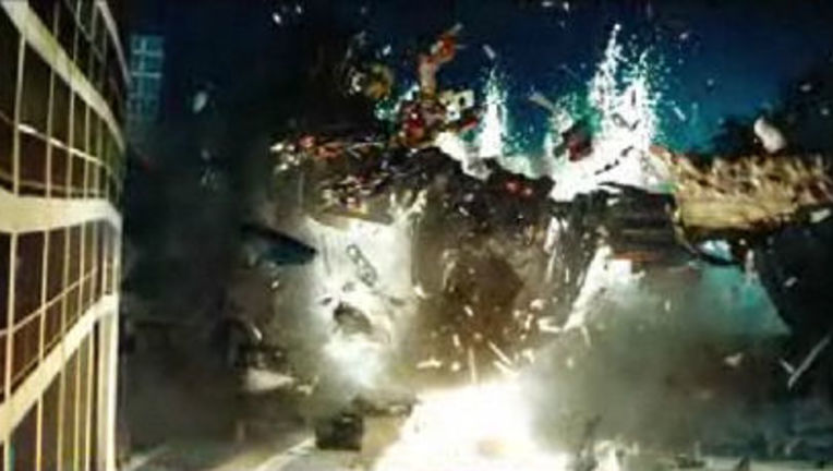 Transformers_SuperBowlScreenCap.jpg
