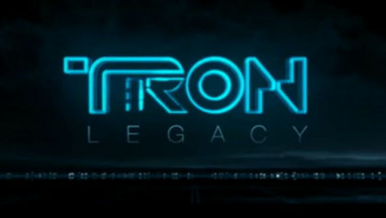Tron_Legacy_Screencap_logo.jpg