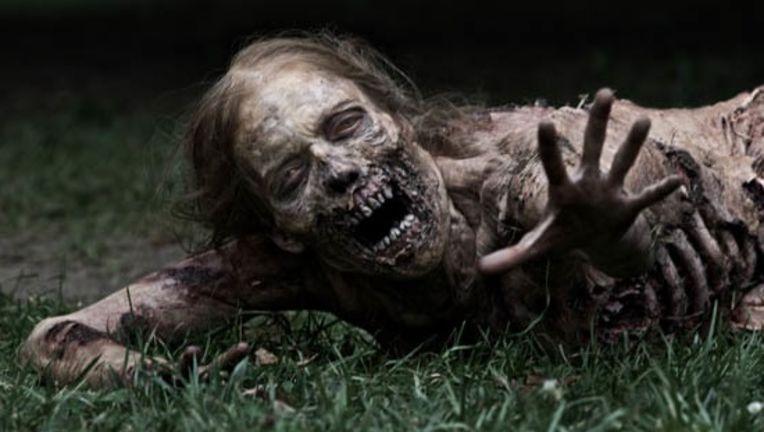 Walking-Dead-Zombie-Grass-WM-560_0.jpg