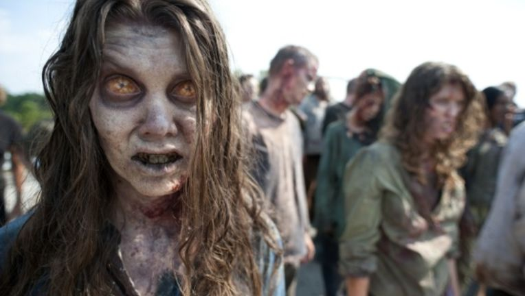 WalkingDeadSeason2Zombies321_0.jpg