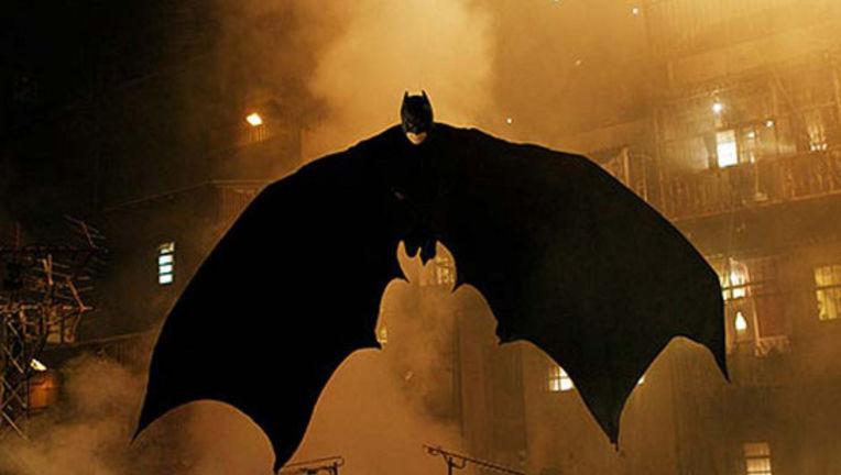 batman-flying.jpg