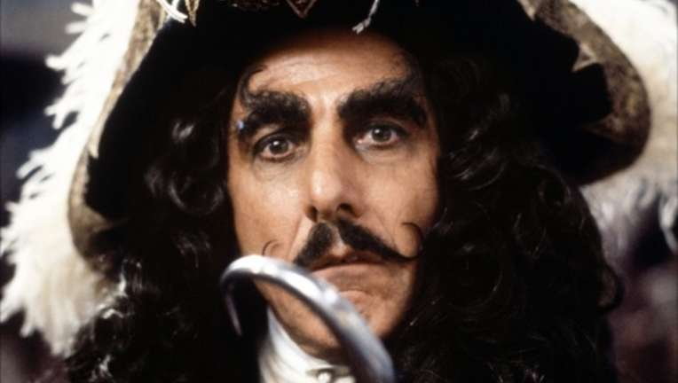 captain_hook_hoffman.jpg