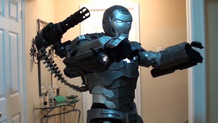 iron-man-stealth-cosplay.jpg