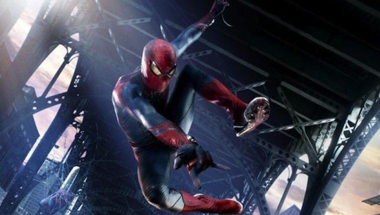 spider-man-in-action-with-graffiti-crop_4.jpg