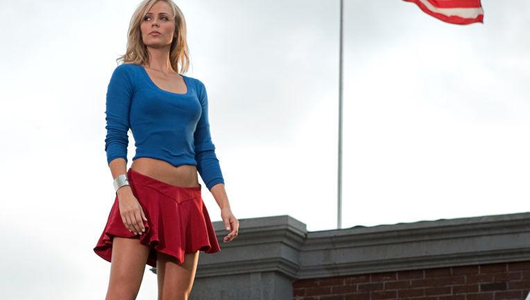 laura_vandervoort-Supergirl.jpg