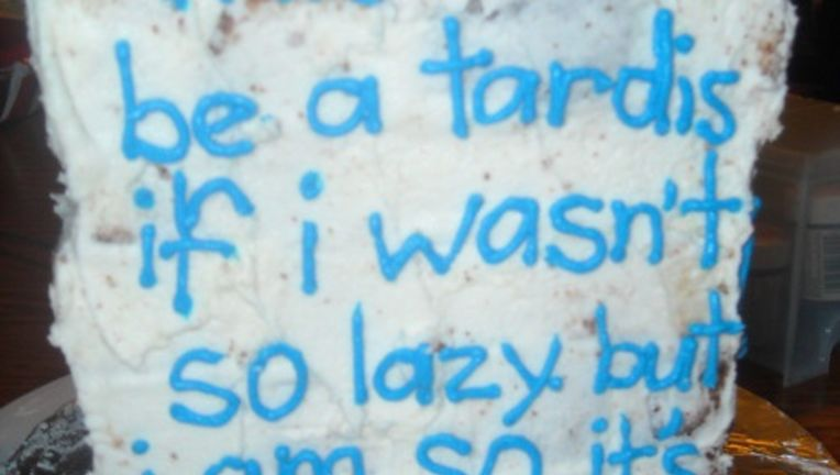 lazy-tardis-cake.jpg