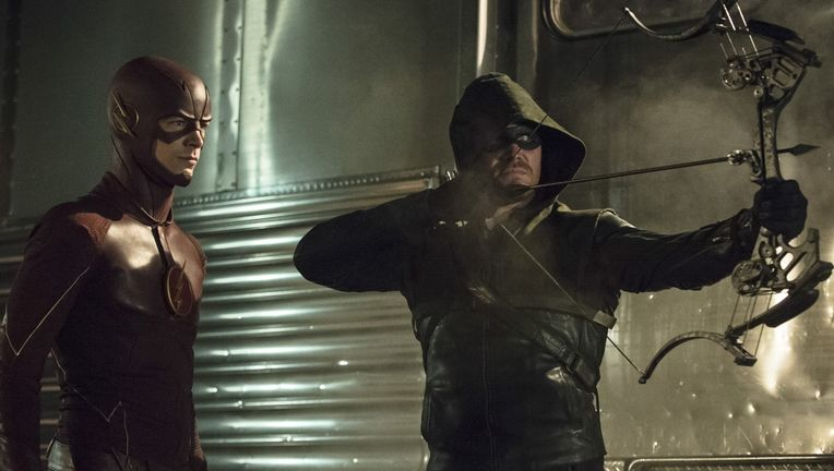 more-arrow-the-flash-crossover-photos-revealed_jkgp.1920.jpg