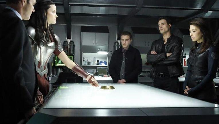 New Sif Photos From Her AGENTS OF S.H.I.E.L.D. Guest Spot_Sif4_0.jpg