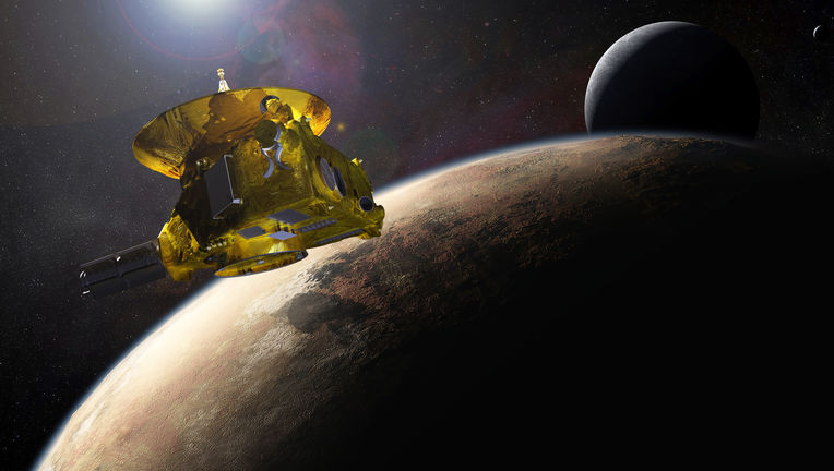 newhorizons_at_pluto_4-14-15.jpg
