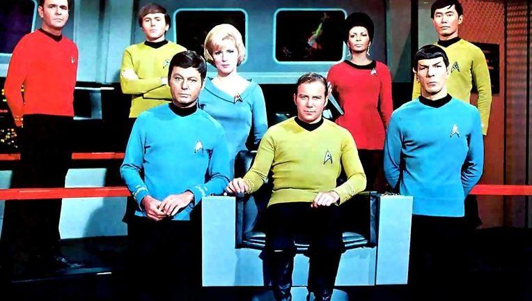 original-star-trek-crew.jpg