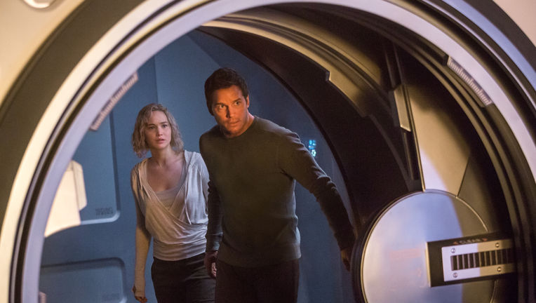 passengers-jennifer-lawrence-chris-pratt_.jpg