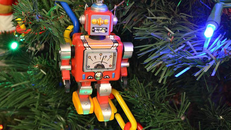 robot-christmas-ornament-bill-owen.jpg