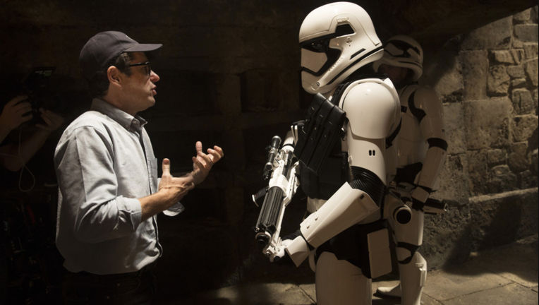 star-wars-7-force-awakens-abrams-stormtrooper.jpg
