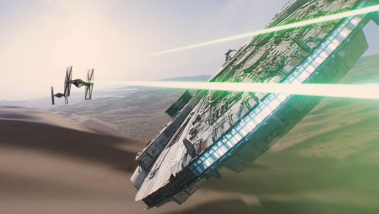 star-wars-the-force-awakens-millennium-falcon-imax_0.jpg