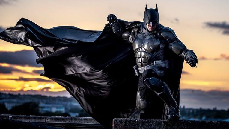 stunning-batman-cosplay-inspired-by-arkham-origins_0.jpg