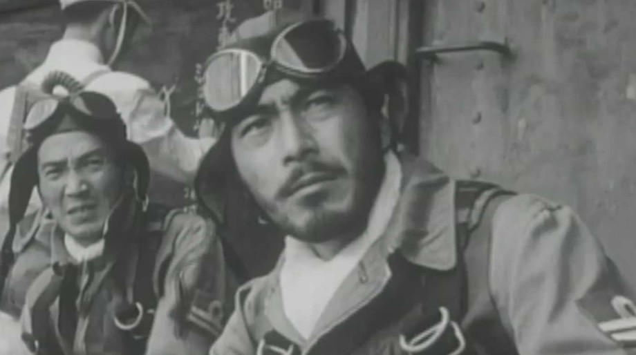 Toshiro Mifune in Eagle of the Pacific (1953)