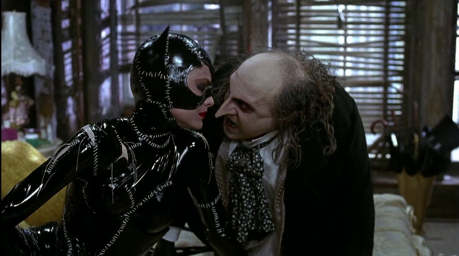 batman-returns-catwoman-penguin.jpg