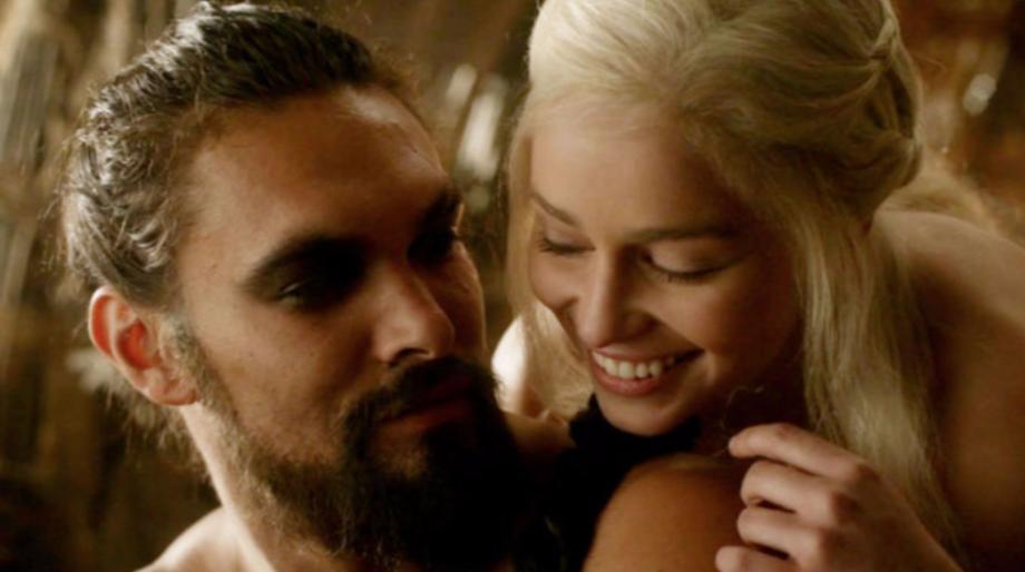 khal_drogo_and_daenerys.png