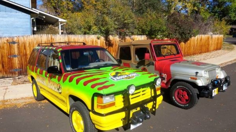 Jurassic Park Jeep and Explorer