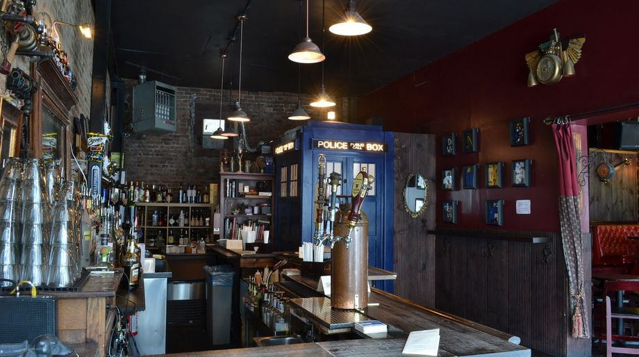 Geek Bars: The Way Station, Brooklyn, New York