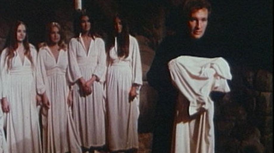 Satans-School-for-Girls-1973-movie-David-Lowell-Rich-7
