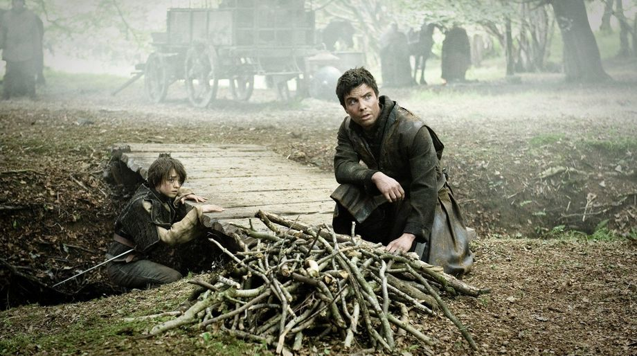 Young Arya and Gendry Game of Thrones