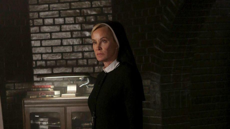 American Horror Story Asylum, Jessica Lange