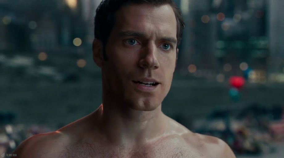 Henry Cavill's Bad Superman Mustache in Justice League