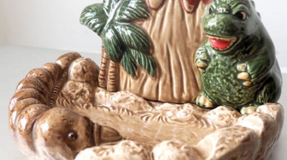 Godzilla ashtray