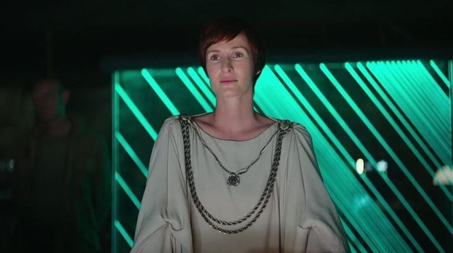 mon-mothma-sure-has-changed-since-we-last-saw-her-925157.jpg