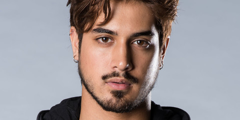 https://www.syfy.com/sites/syfy/files/styles/syfy_cast_detail_smartphone_narrow_1x/public/cast_ghost_wars_avan_jogia.jpg