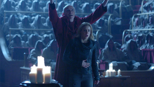 12Monkeys_gallery_213Recap_17.jpg