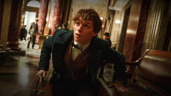 FantasticBeasts_hero_movie_02.jpg