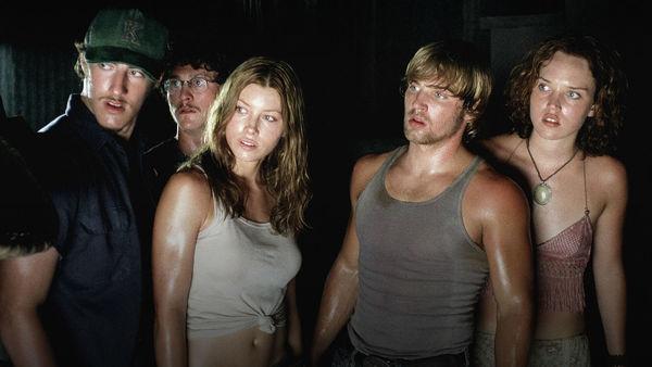 TexasChainsawMassacre2003_hero_movie.jpg