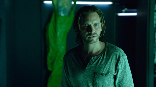 12Monkeys_gallery_105Recap_16.jpg