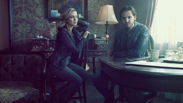 12Monkeys_Castgallery_Season2_07.jpg