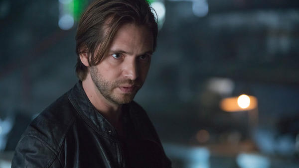 12Monkeys_gallery_201Recap_02.jpg